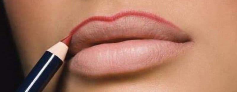 Что думают мужчины о накрашенных женских губах